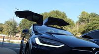 On a testé le mode Autopilot de Tesla