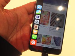 Ubuntu Phone 03