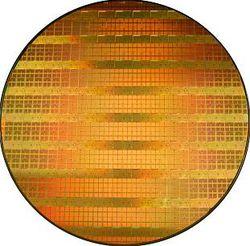Wafer 300 mm gravé 45 nm