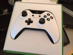Xbox One blanche - 4