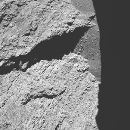 Comet_from_11.7_km_narrow-angle_camera