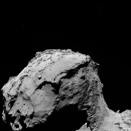 Comet_from_15.5_km_wide-angle_camera