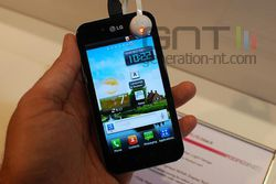 LG Optimus Black 03