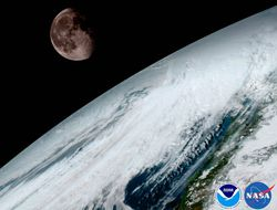 03E8000008644200-photo-goes-16-uses-the-moon-to-help-calibrate-its-images