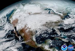 03E8000008644202-photo-heres-north-america-with-a-giant-rainy-snowy-weather-system-moving-across-the-united-states