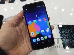 Alcatel One Touch Idol 3 04