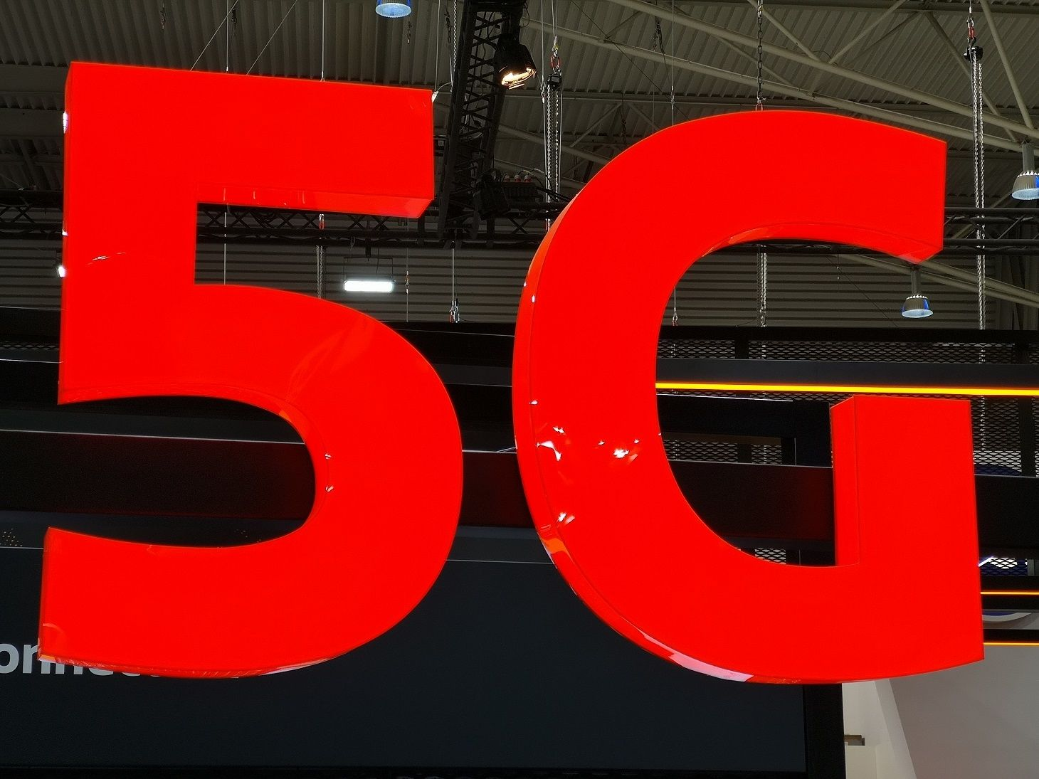 Boycott 5G : en Suisse, une manifestation contre les nouveaux réseaux mobiles