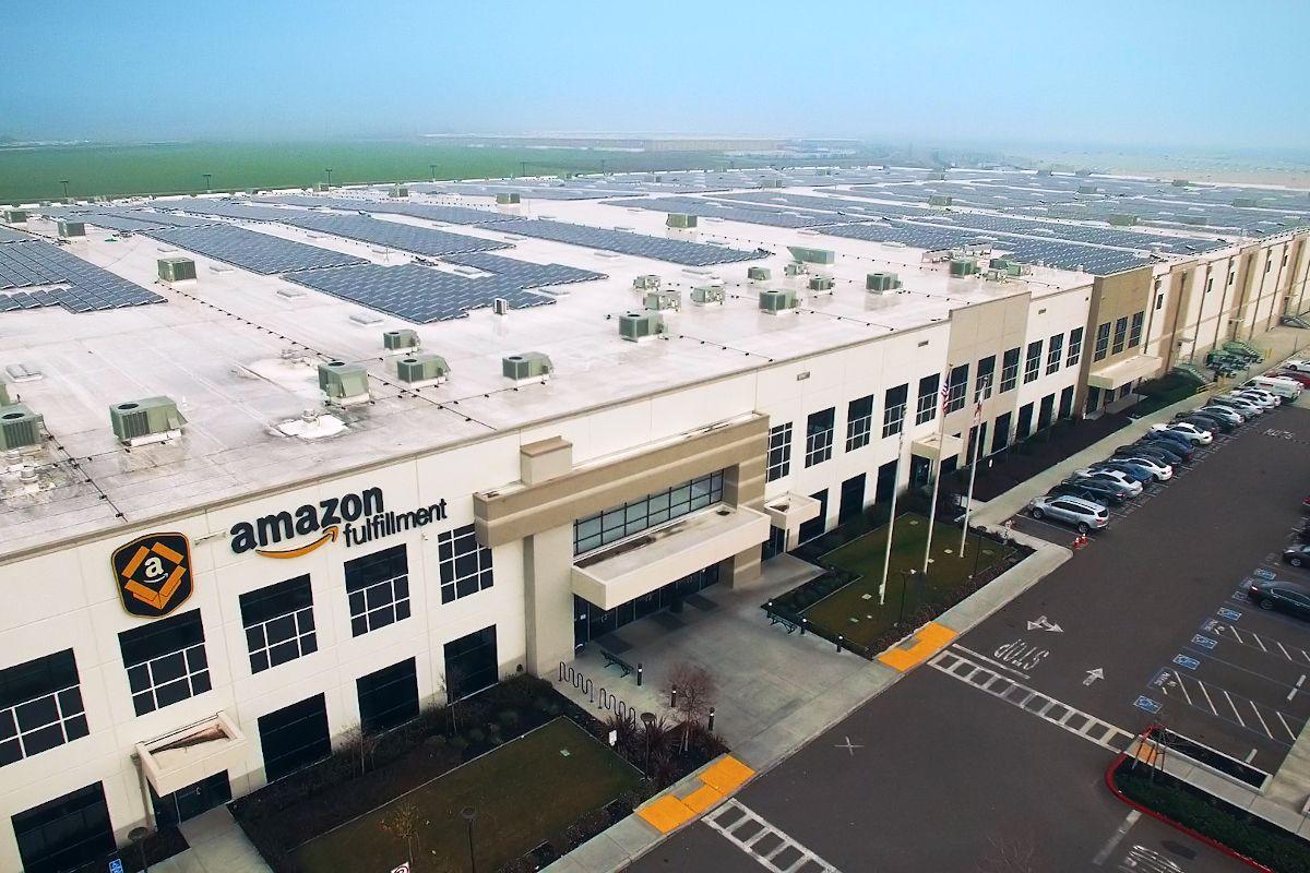 Conduite autonome : Amazon se paie Zoox sous les railleries d'Elon Musk