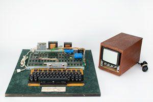 apple-1-rr-auction