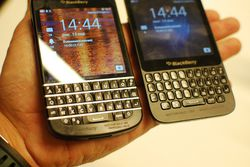 BlackBerry Q5 04