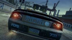 Burnout Paradise : The Ultimate Box   Police   2