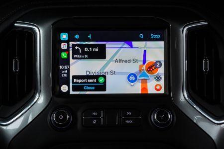 CarPlay-Waze