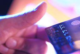 Fraude à la carte bancaire : le gouvernement déploie son outil en ligne PERCEVAL