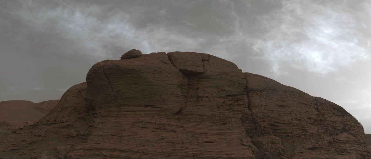 Curiosity nuages Mars.