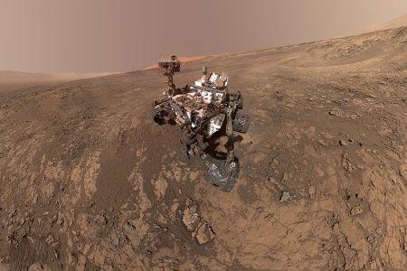Mars : la sonde Curiosity reprend le contact après une semaine d'absence