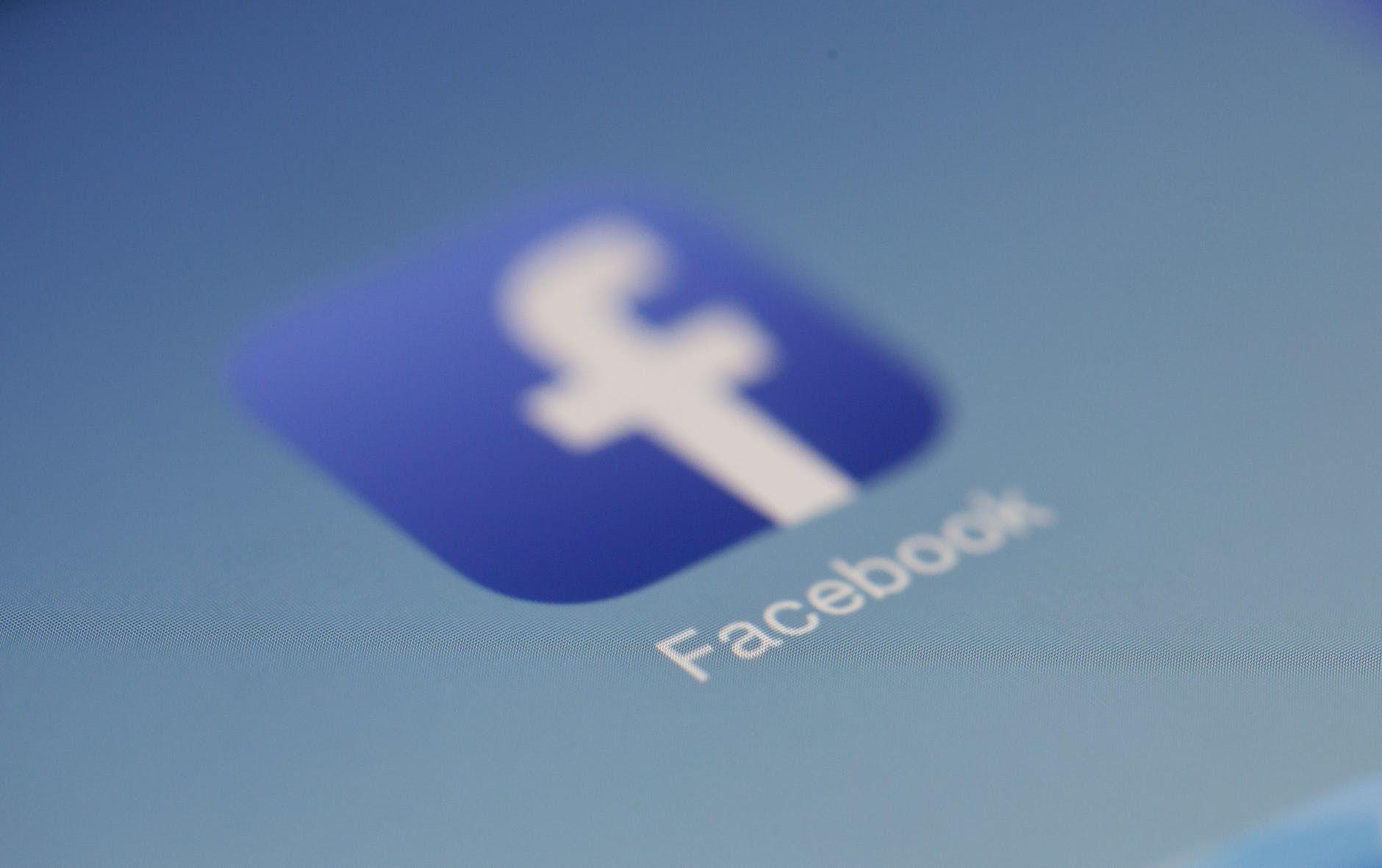 Facebook: le désintérêt des internautes français irait croissant