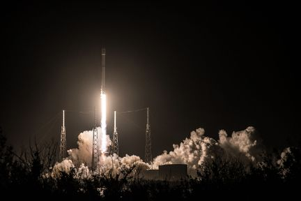 Falcon-9-hispasat-30W-6