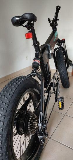 Fiido M1 - Vélo vue arrière