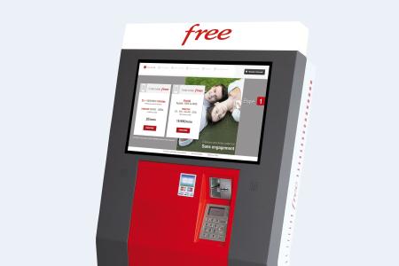 carte free borne interactive Borne Free Mobile : démonstration par Xavier Niel en personne