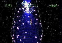 Geometry Wars Galaxies   17