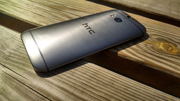 HTC_One_M8_Dos_a