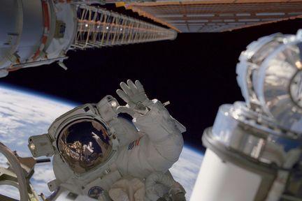 ISS-nasa-sortie-extravehiculaire