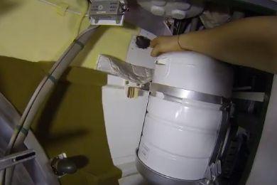 ISS-trou-partie-superieure-soyouz