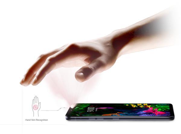LG-G8-ThinQ-veines-paume-main