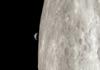 Splendide survol de la Lune comme dans Apollo 13