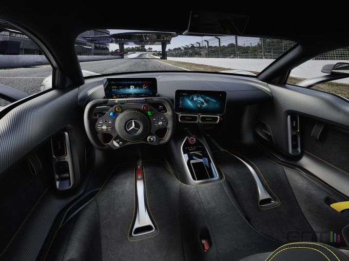Mercedes AMG Project One 01