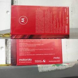 Moto Z2 Play (2)