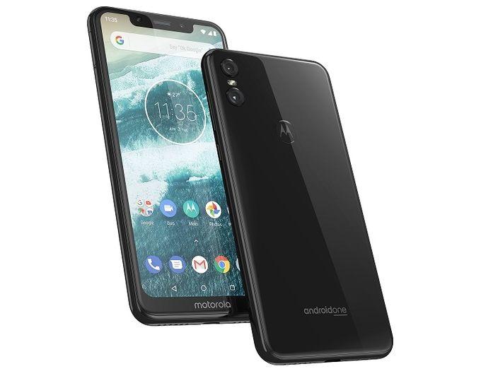 Motorola One 01