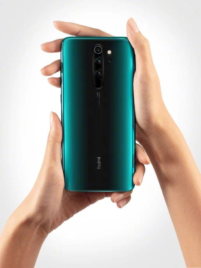 La trottinette électrique Xiaomi Pro 2 et le smartphone Redmi Note 8 Pro en promotion