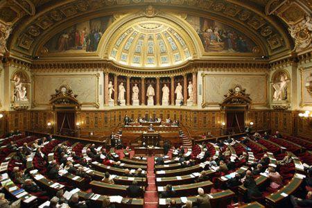 Sénat : vers une taxe sur les forfaits mobiles et Internet ?