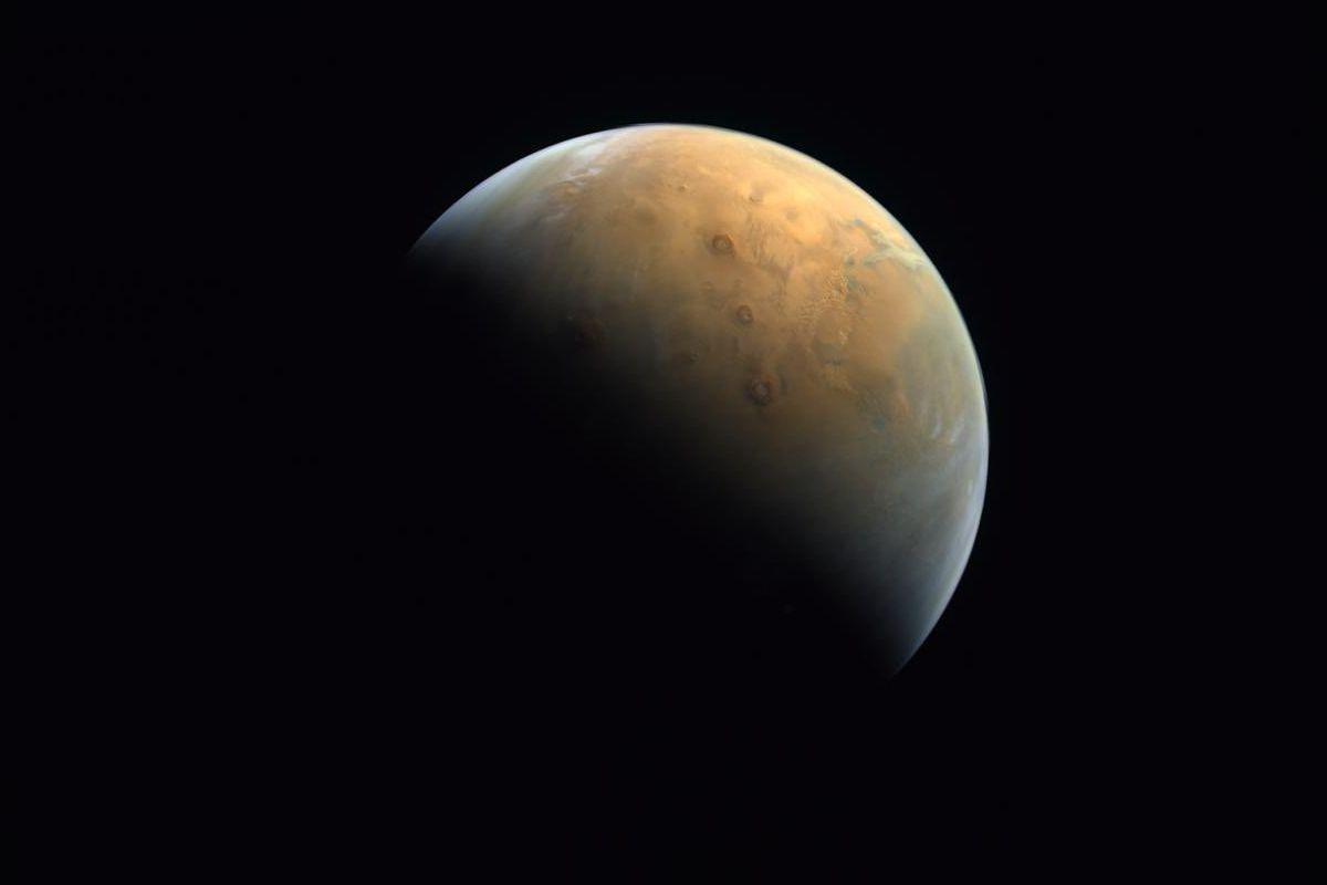Hope : une première image de Mars de la sonde des Émirats arabes unis - Génération NT