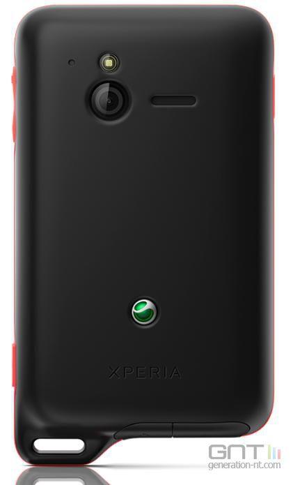 Sony Ericsson Xperia Active 02
