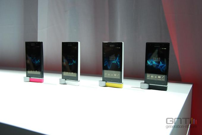 Sony Xperia U 01