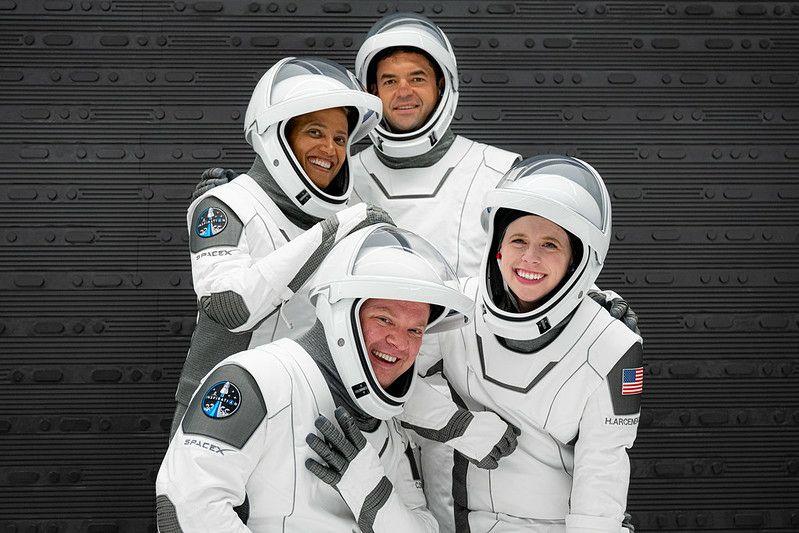 Space X touristes