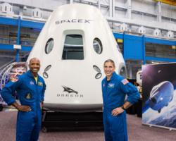 SpaceX-Dragon-premiere-mission-operationnelle-astronautes-retenus