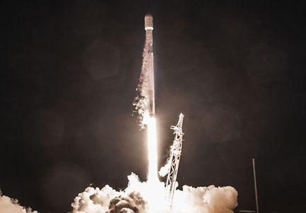 spacex-mission-fevrier-2018-avec-prototypes-satellites-starlink