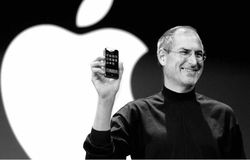 Steve-Jobs-iPhone-video-hommage-apple