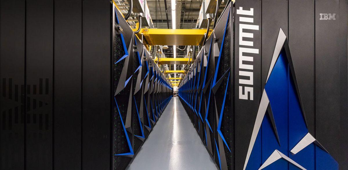 Summit-supercalculateur