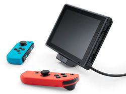 Switch Dock incliné