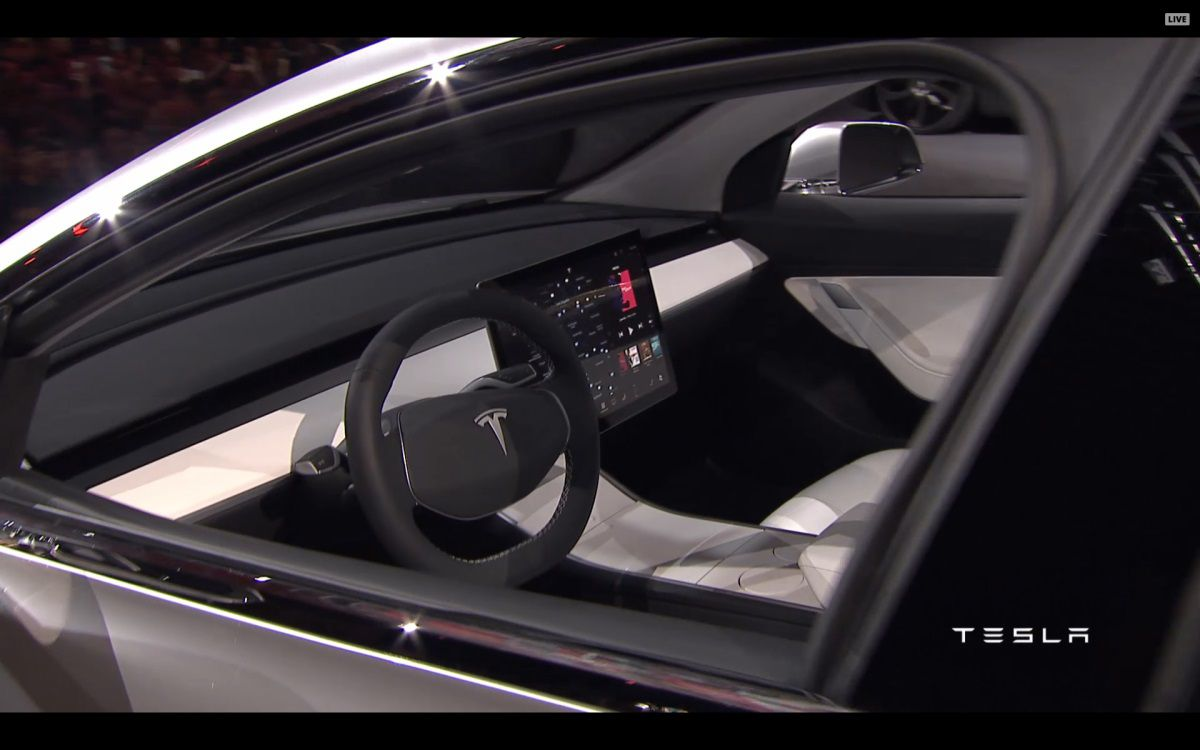 tesla model 3 que faire d 39 un tableau de bord quand elle pourra tre autonome. Black Bedroom Furniture Sets. Home Design Ideas
