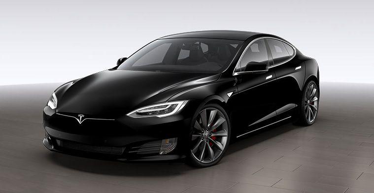 Tesla : le salarié accusé de sabotage contre-attaque avec une plainte en diffamation