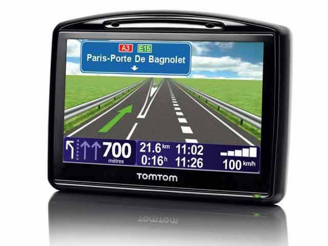 gps la gamme de pnd tomtom go x30 disponible en france. Black Bedroom Furniture Sets. Home Design Ideas