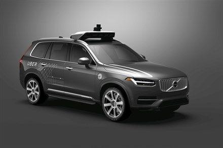 Accident mortel avec un véhicule autonome Uber : la conductrice regardait une émission télévisée en streaming