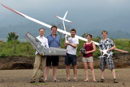 Volcan-Guatemala-drones-equipe